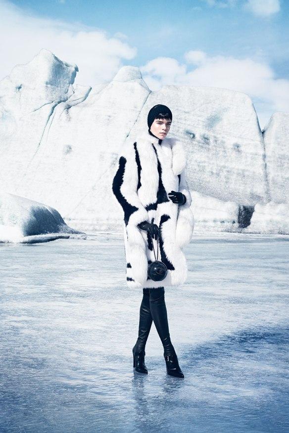 hbz-november-2013-warm-up-to-falls-new-coats-06-altuzarra-coat